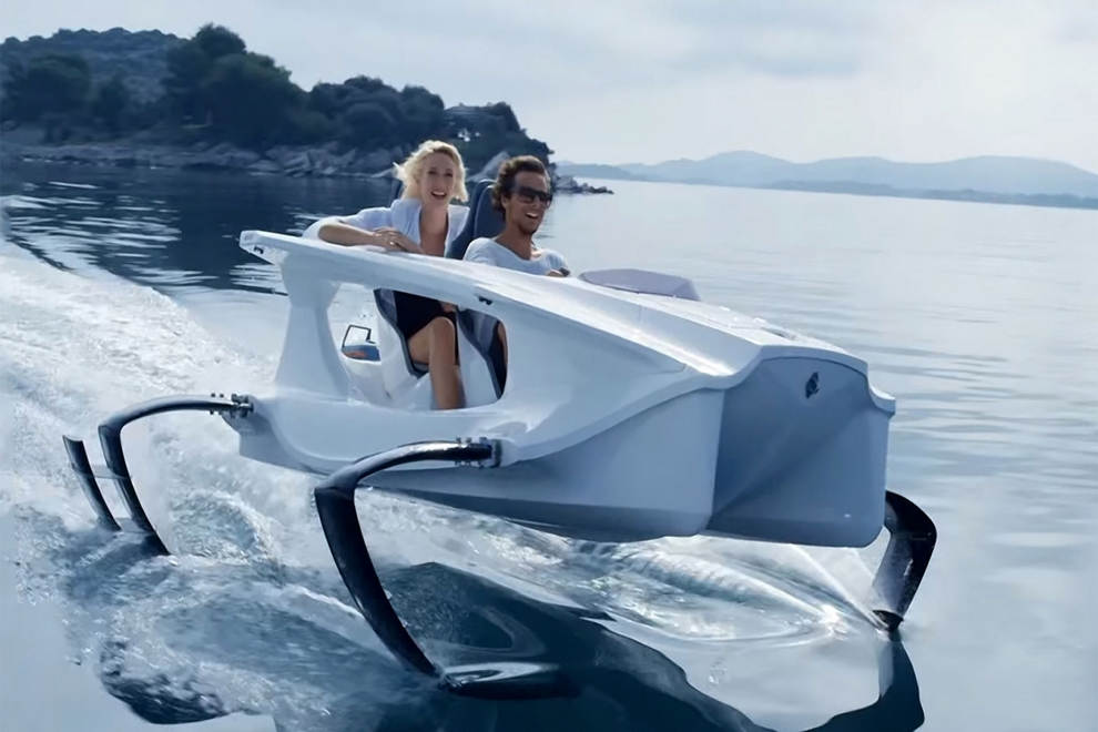 Quadrofoil Electric Personal Watercraft (7)