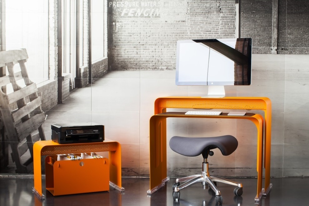 Oneless Space Saving Desk (8)