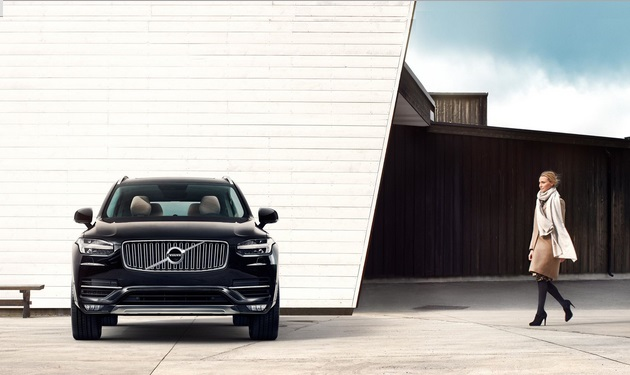 Volvo XC90 is a Mid-size Luxury Crossover SUV (3)