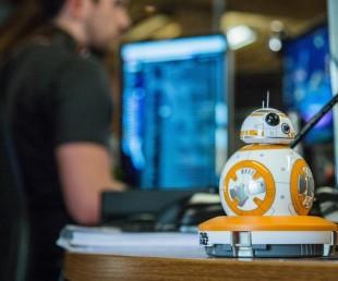 Sphero Star Wars BB-8 App-Enabled Droid Toy (1)