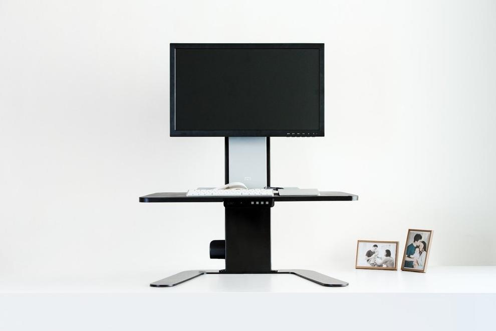 Aspirus Worlds First Smart Standing Workstation (1)