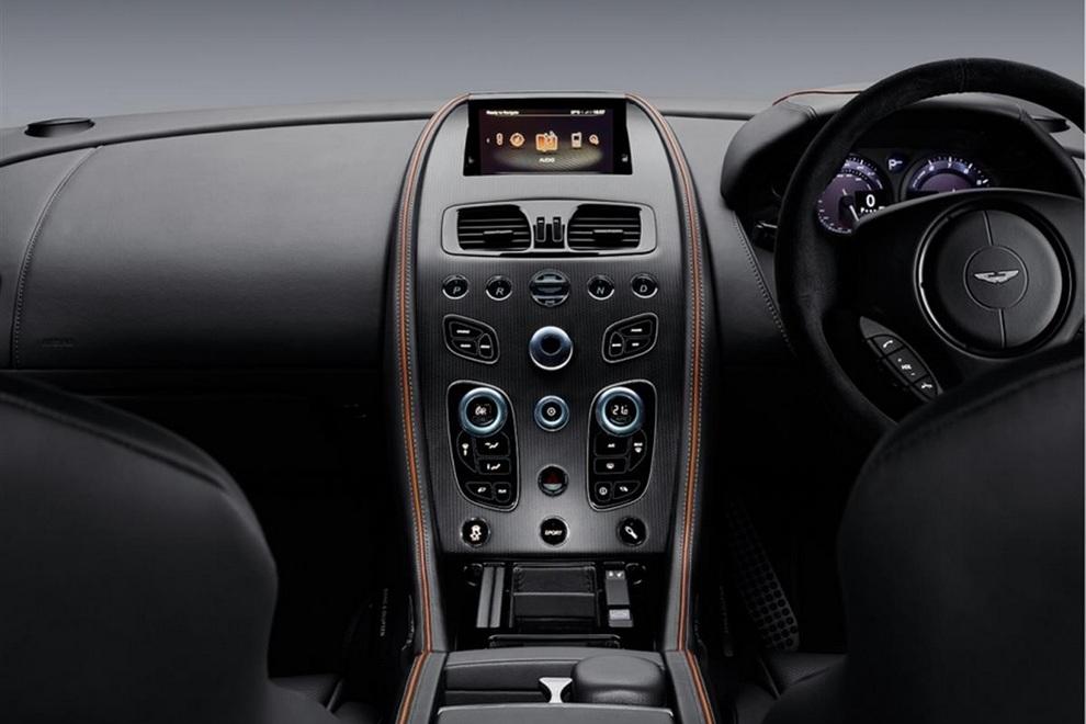 Aston Martin DB9 GT Bond Edition (7)