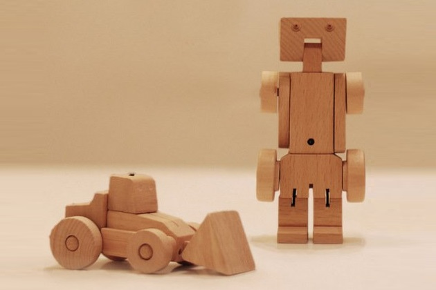 Meet WooBots Creative Wooden Robot Toy (5)