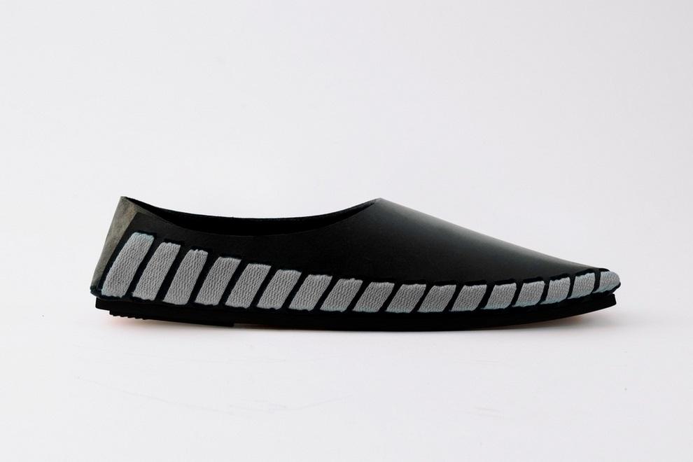 Pikkpack x Supermundane Flat-Packed Leather Shoes (3)