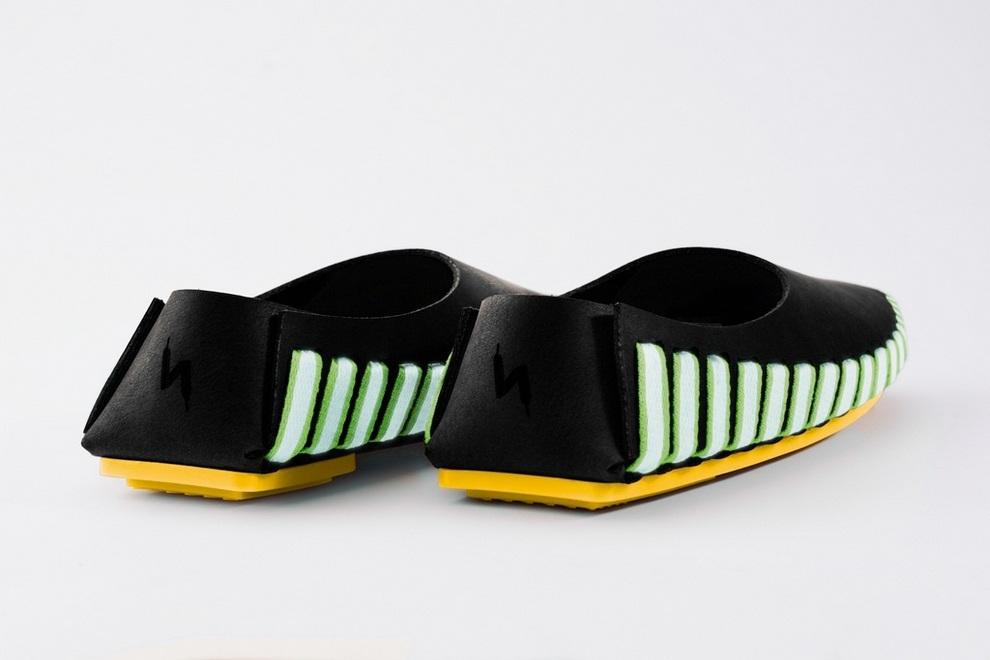 Pikkpack x Supermundane Flat-Packed Leather Shoes (7)