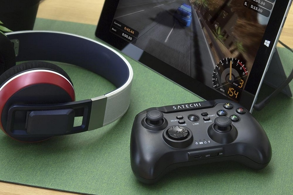 Satechi Universal Game Controller (1)