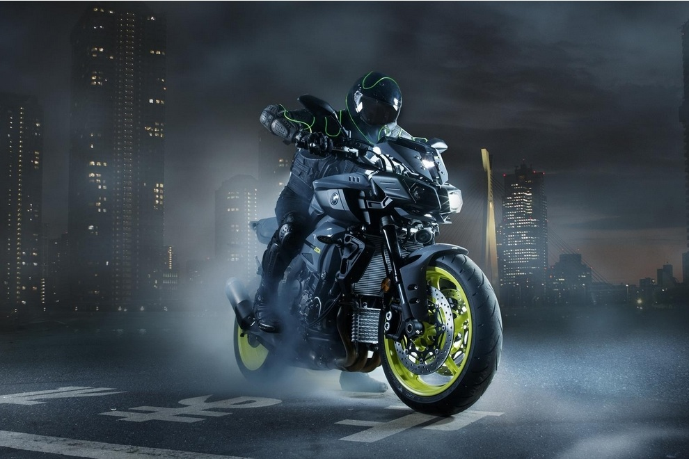Yamaha MT-10 (3)