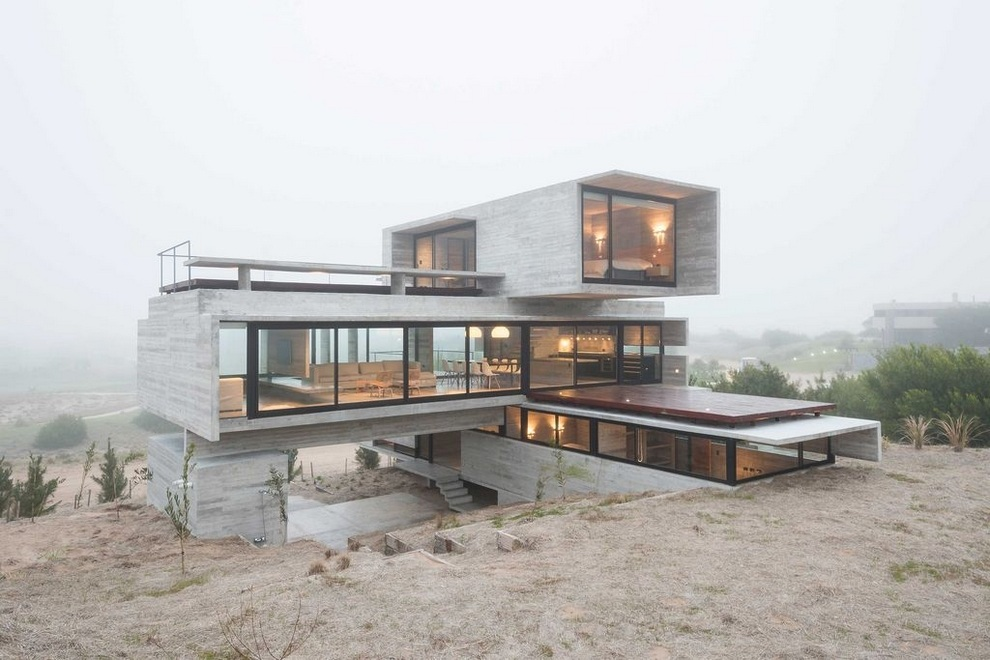 concrete house a nest for tough guys designed by luciano kruk bonjourlife - Concrete House