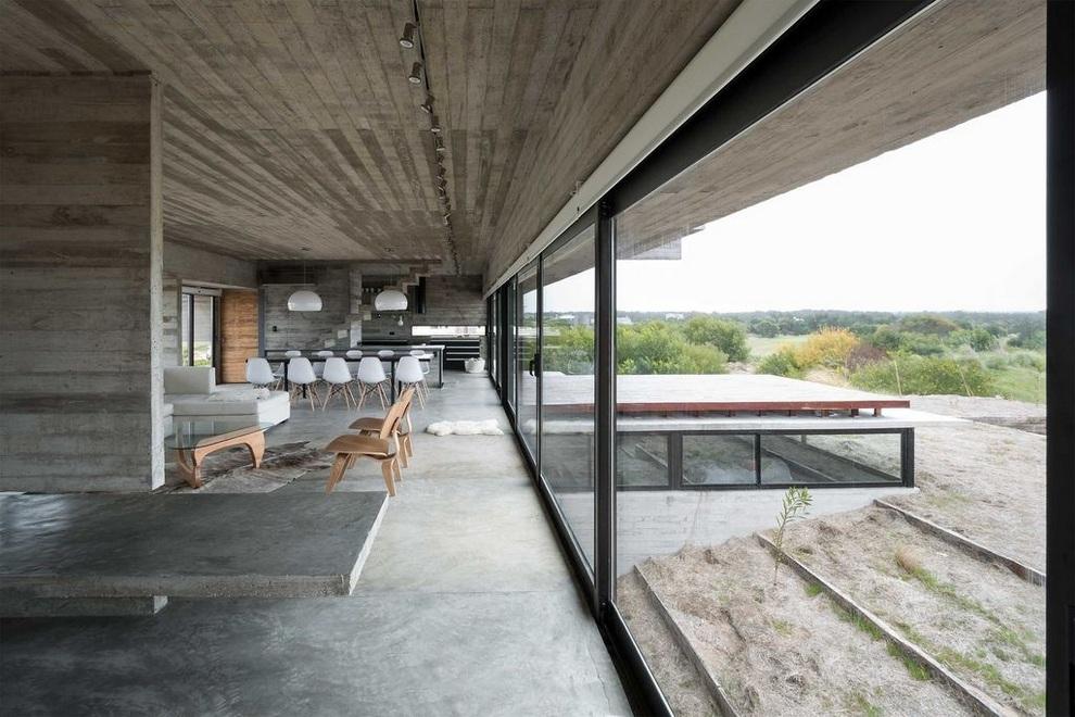 Concrete House A Nest For Tough Guys Designed By Luciano