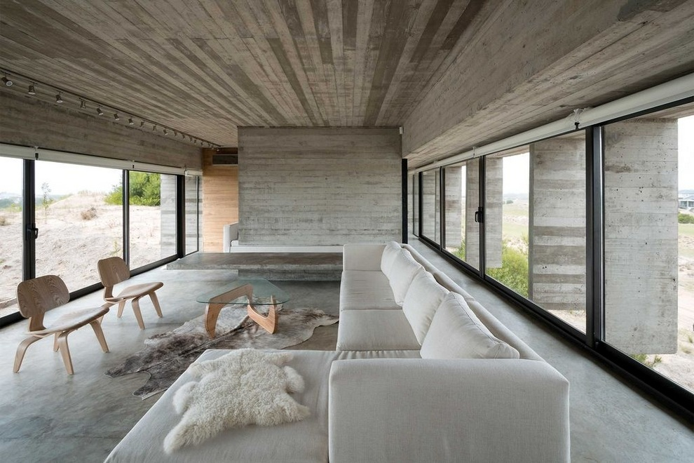 Concrete house by Luciano Kruk (4)