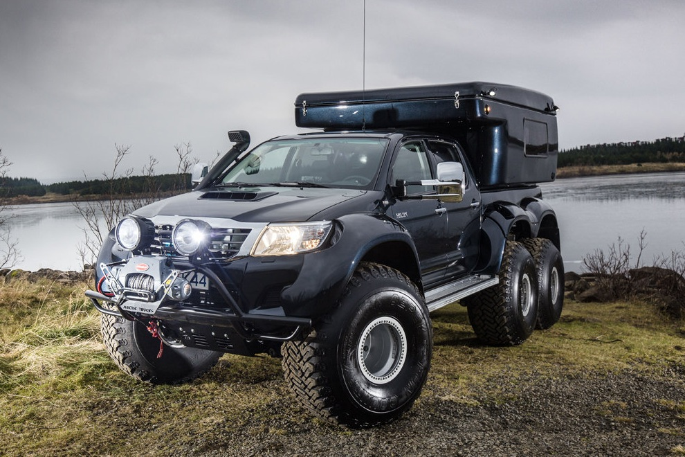 Hilux AT44 6×6 by Arctic Trucks (2)