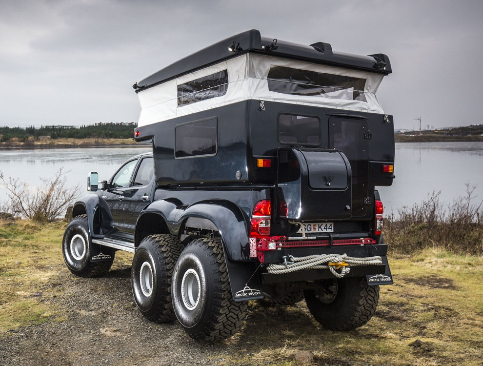 Hilux AT44 6×6 by Arctic Trucks (3)