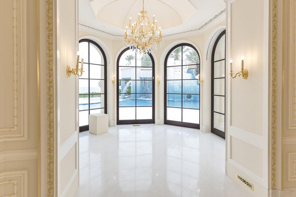 Le Palais Royal in Hillsboro Beach, Florida (11)