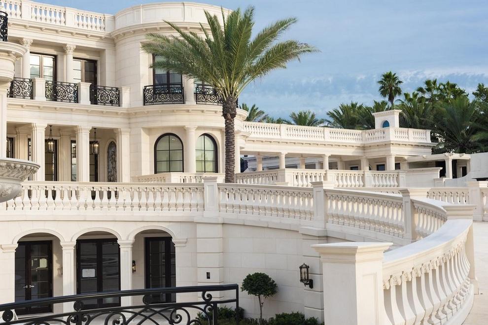 Le Palais Royal in Hillsboro Beach, Florida (7)