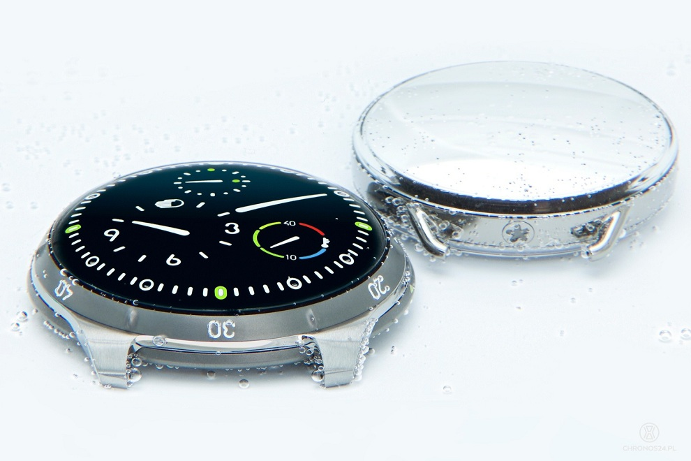 Ressence Type 5 Oil-Filled Dive Watch (3)