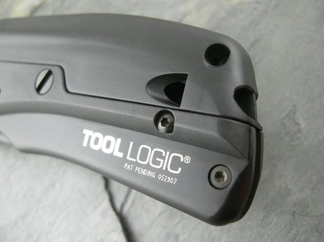 Tool Logic SLPB2 Tactical Folding Knife With LED Flashlight, Magnesium Fire Starter and Signal Whistle (7)