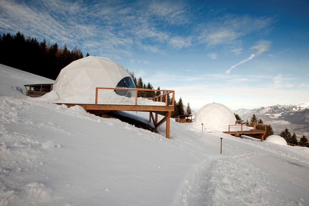 Whitepod Hotel Swiss Alps in Les Cerniers (3)
