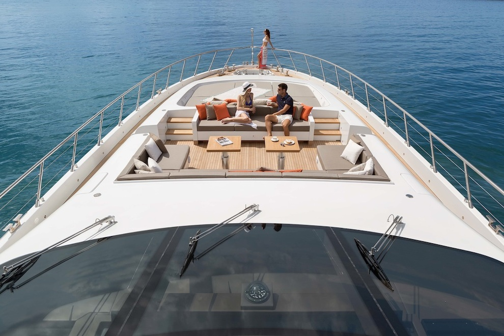 mangusta 132 yacht 2