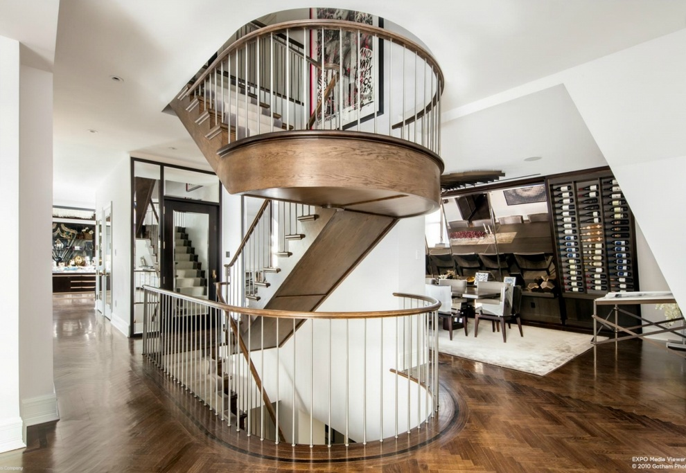 the-curved-staircase-itself-is-a-work-of-art