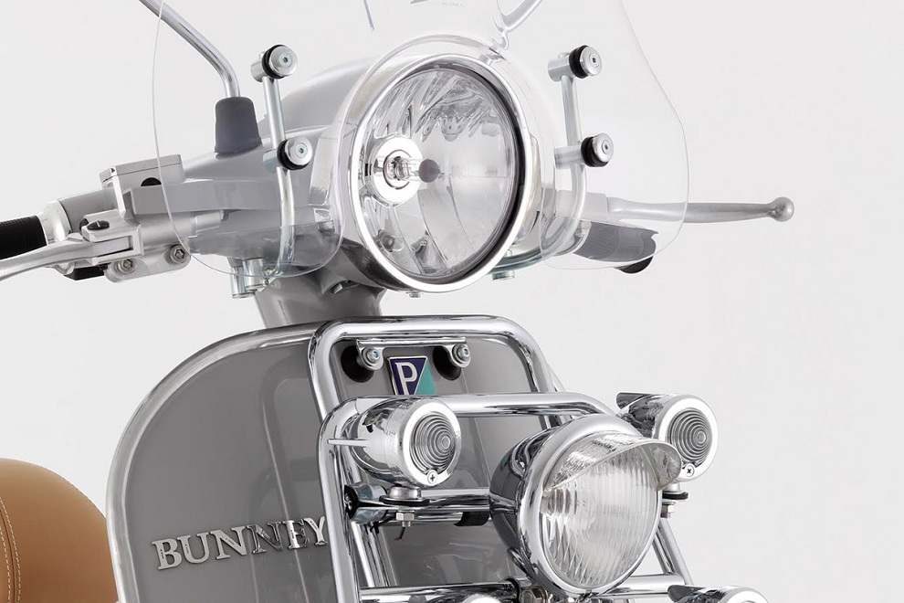 BUNNEY x Vespa Jewelry-Inspired Scooter (3)