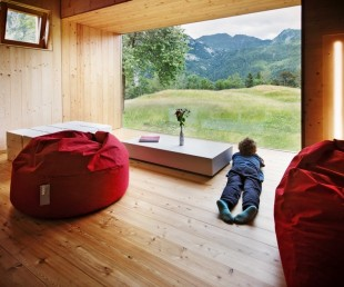 Beautiful Retreat Surrounded by Mountains in Paluzza, Italy (5)