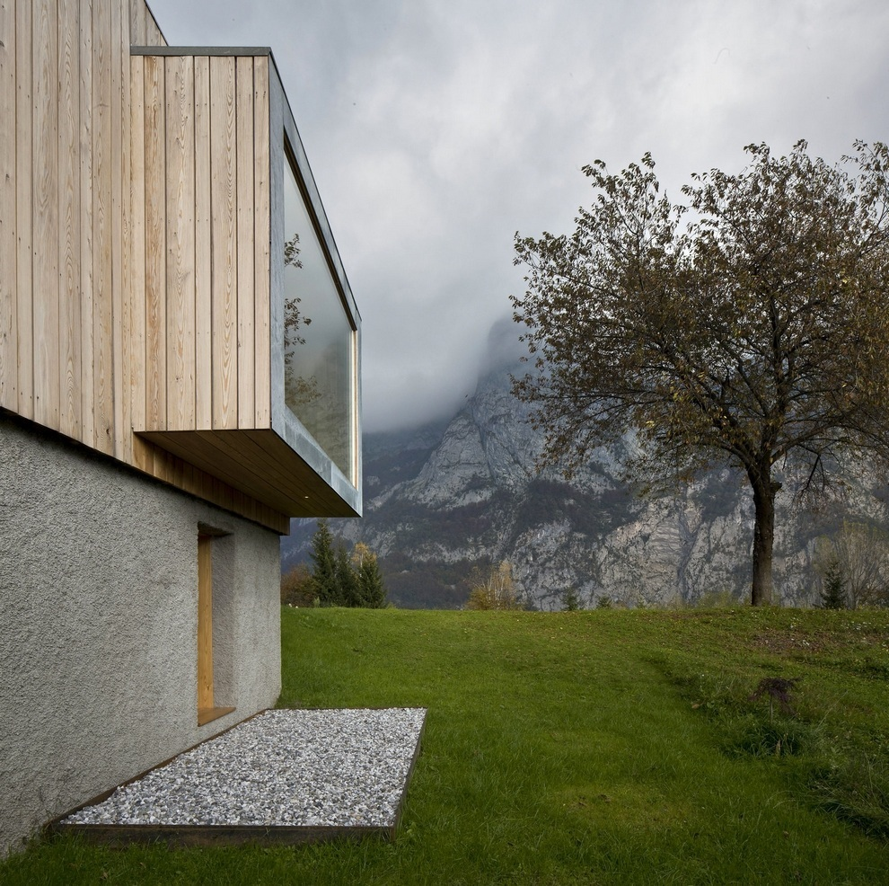 Beautiful Retreat Surrounded by Mountains in Paluzza, Italy (6)