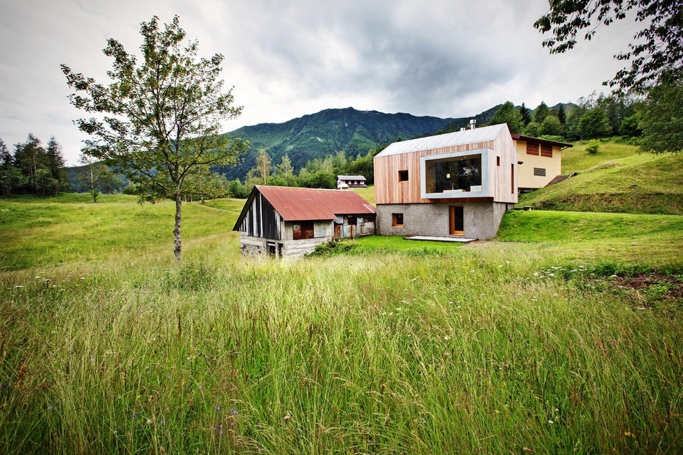 Beautiful Retreat Surrounded by Mountains in Paluzza, Italy (7)