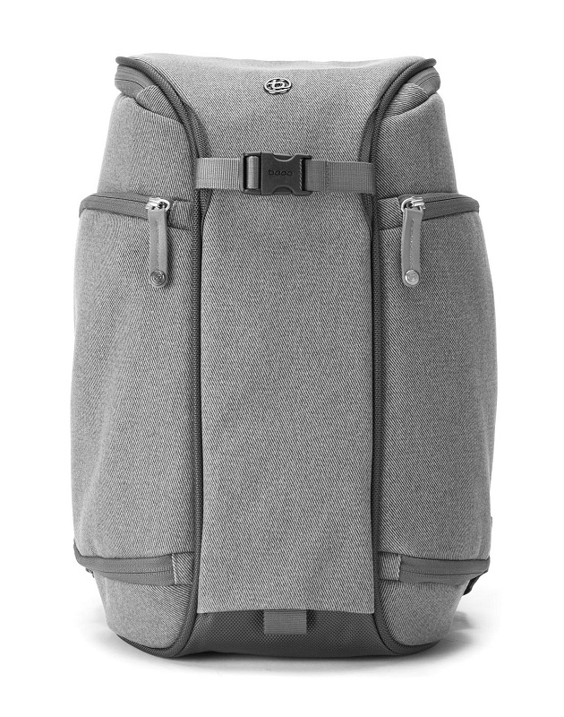 Booq Slimpack - A  Compact Backpack for DSLRs (3)