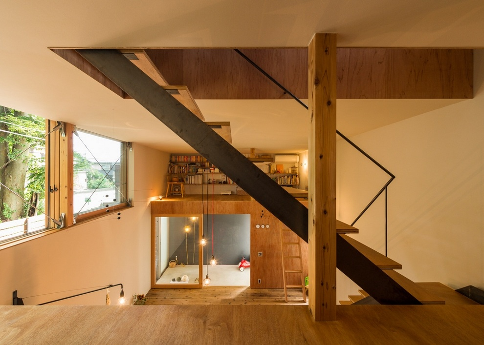 Compact Wooden House by Takeru Shoji Architects (7)
