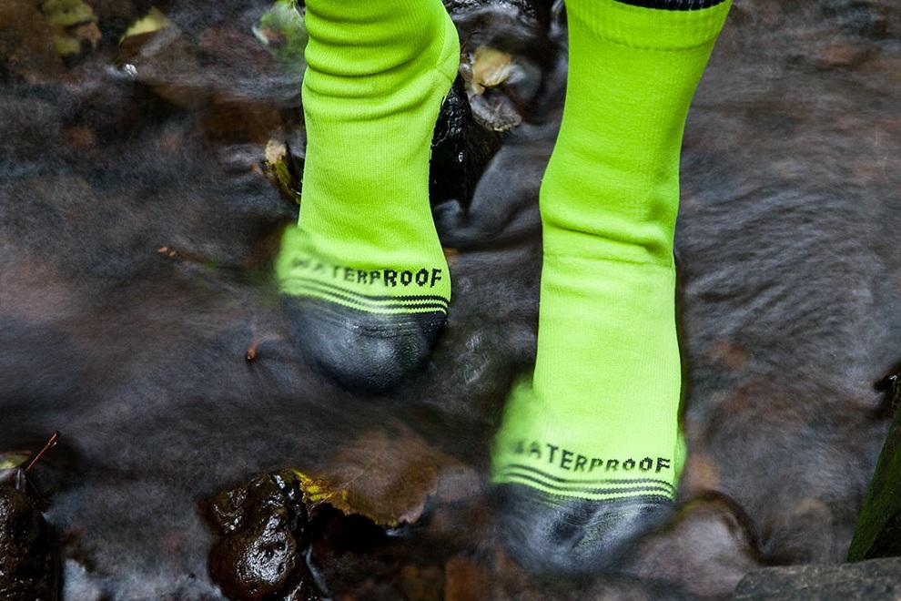 Crosspoint Waterproof Hi-Viz Crew Socks (1)
