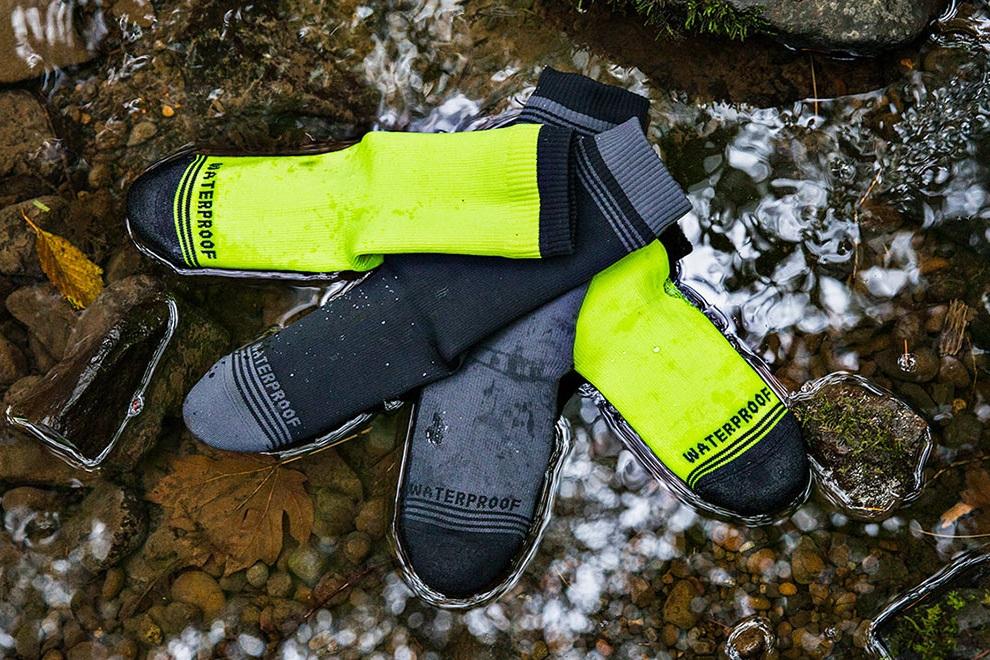 Crosspoint Waterproof Hi-Viz Crew Socks (2)