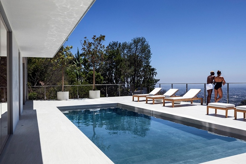 GWdesign's Luxury Hill House in Los Angeles (12)