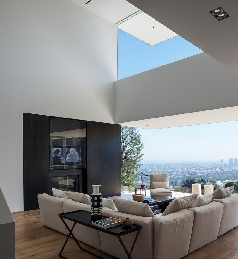 GWdesign's Luxury Hill House in Los Angeles (8)