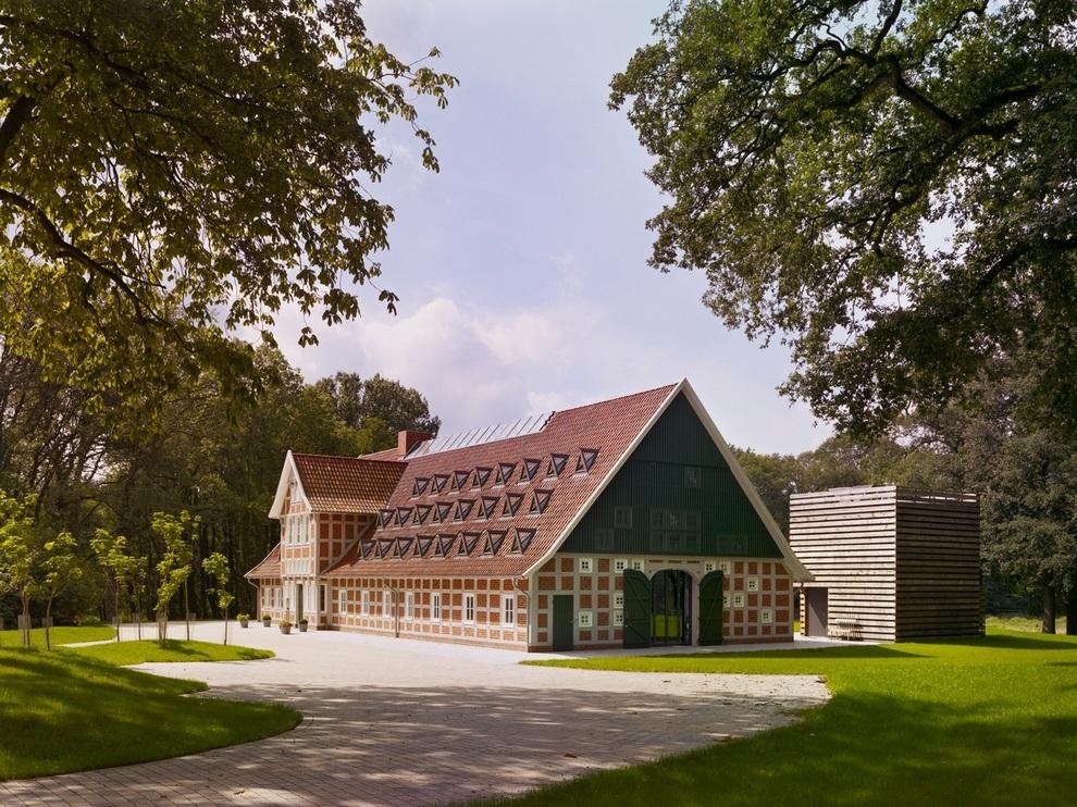 Hallenhaus by Reichel Architekten (5)