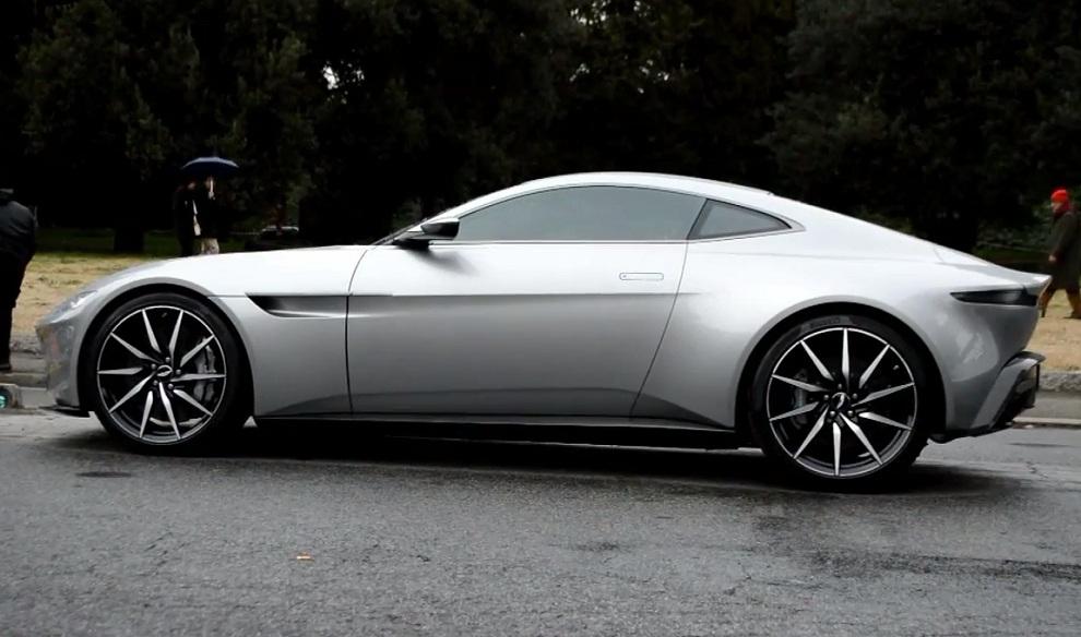 James Bond Aston Martin DB10 Spectre (1)