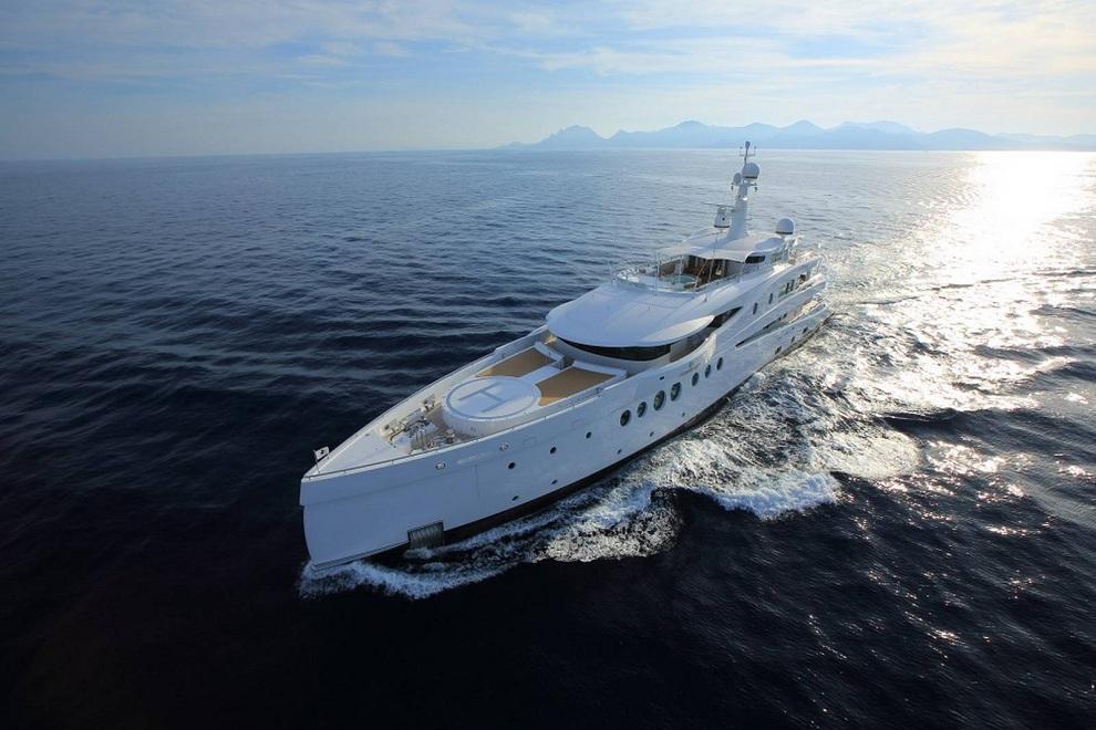 Madam Kate Super Yacht (17)
