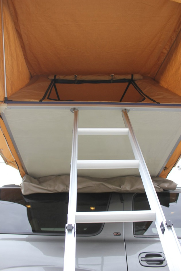 Overland Rooftop Camping Tent with Annex Room (2)