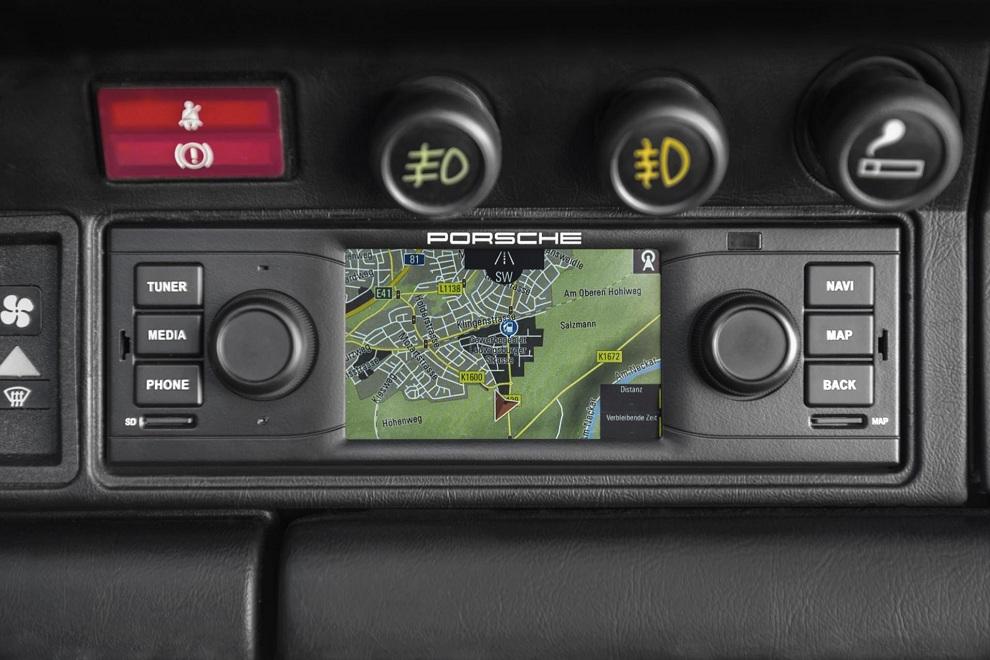 Porsche Classic Navigation Radio System (3)