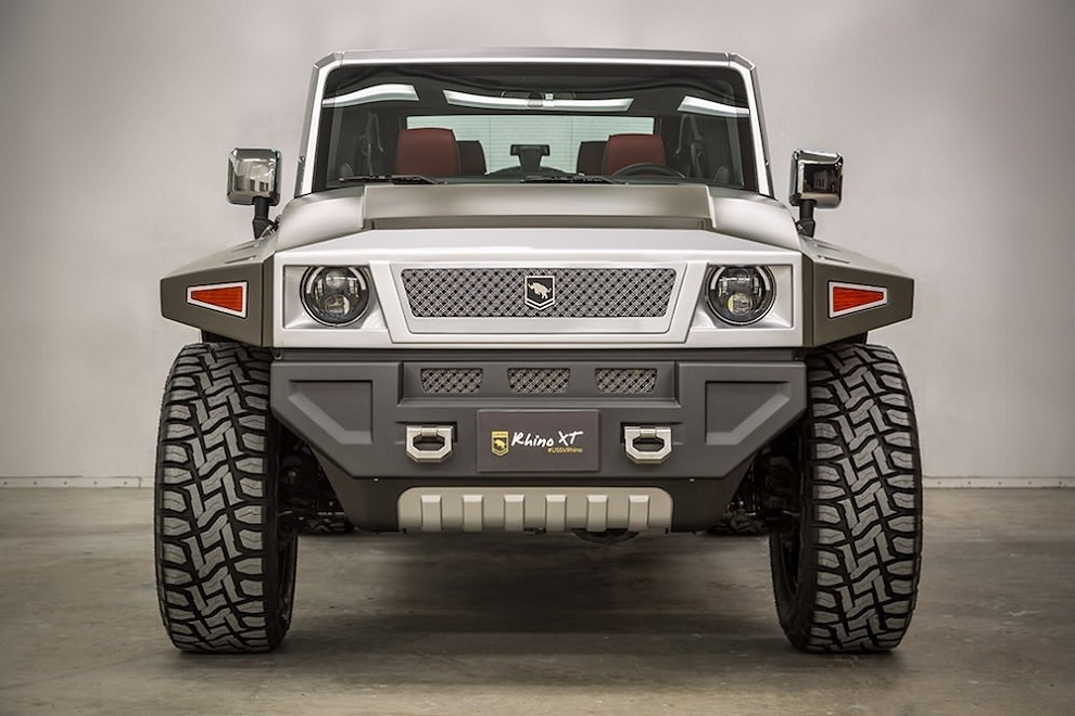 Rhino XT - Jeep Wrangler Inspired by Military Vehicles (3)