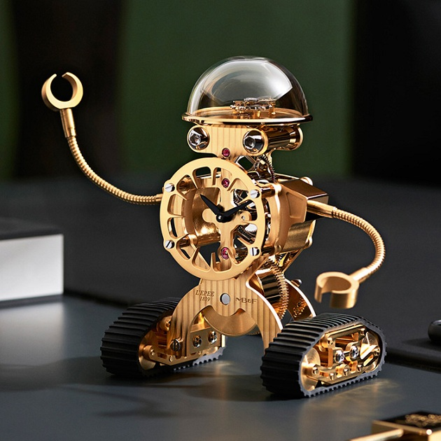 Sherman Robotic Clock by MB&F (2)