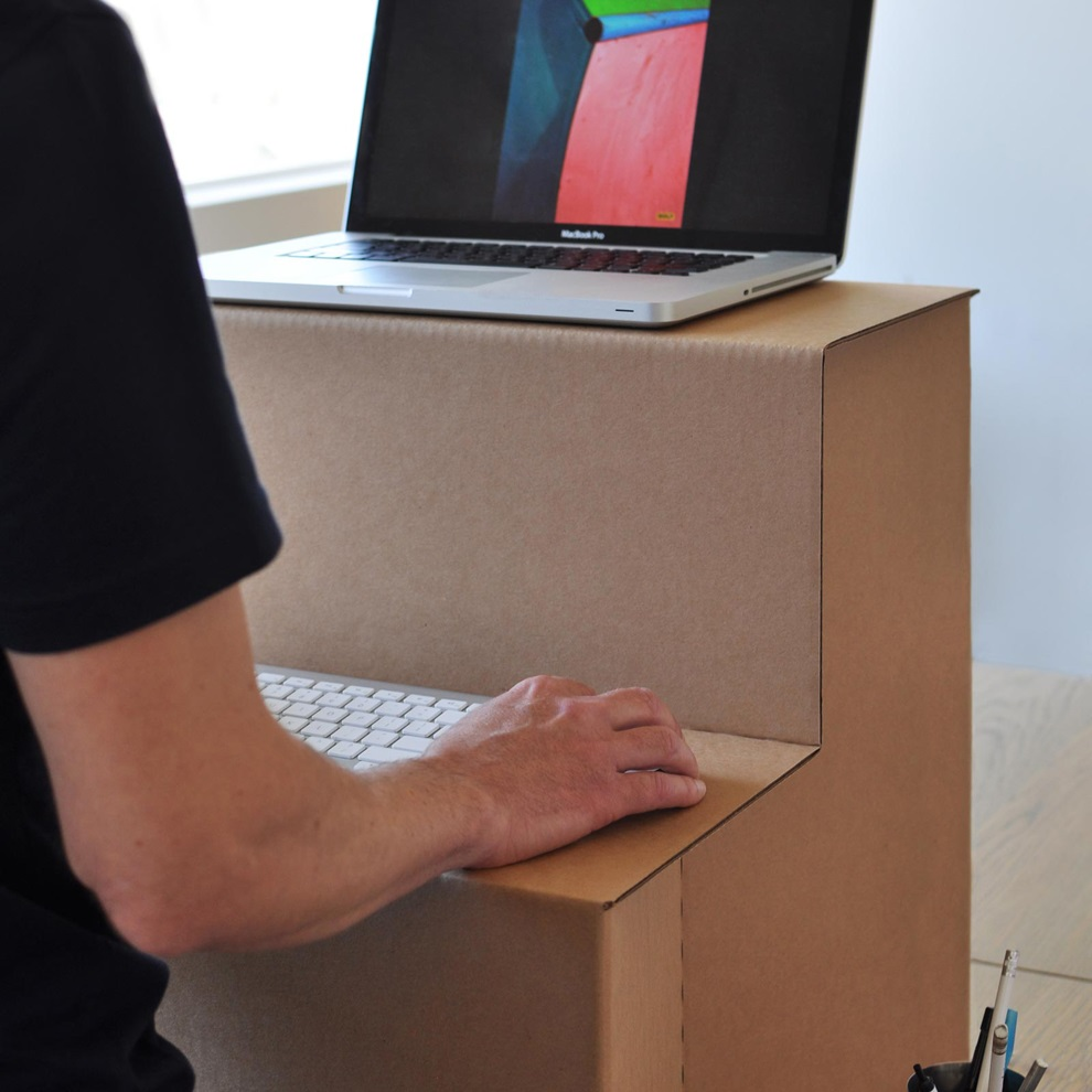 This Flat-Packed Standing Desk is Made Entirely Out of Cardboard (3)