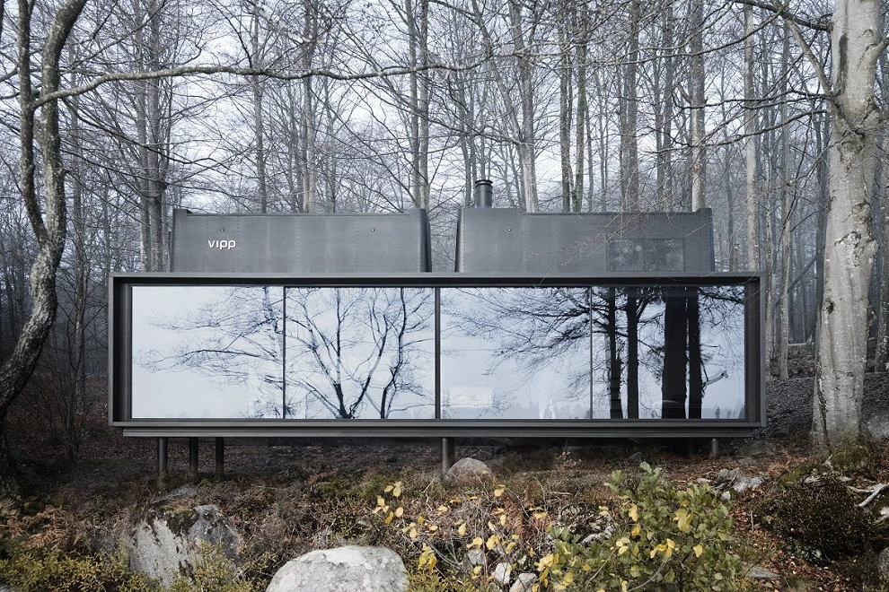 Vipp Shelter - A Timeless Forest Cabin0