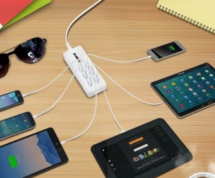 Suaoki is a Family Sized USB Charging Station with Reversible-Plug (1)