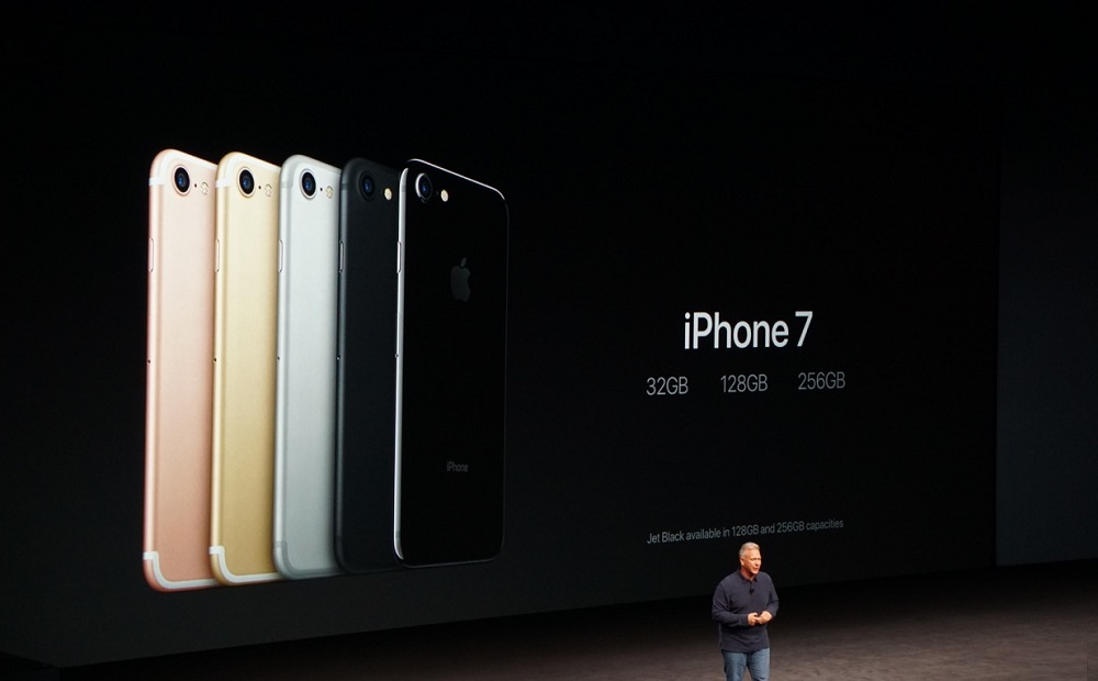 apple-iphone-7-iphone-7-plus-offer-beefed-up-specs-18