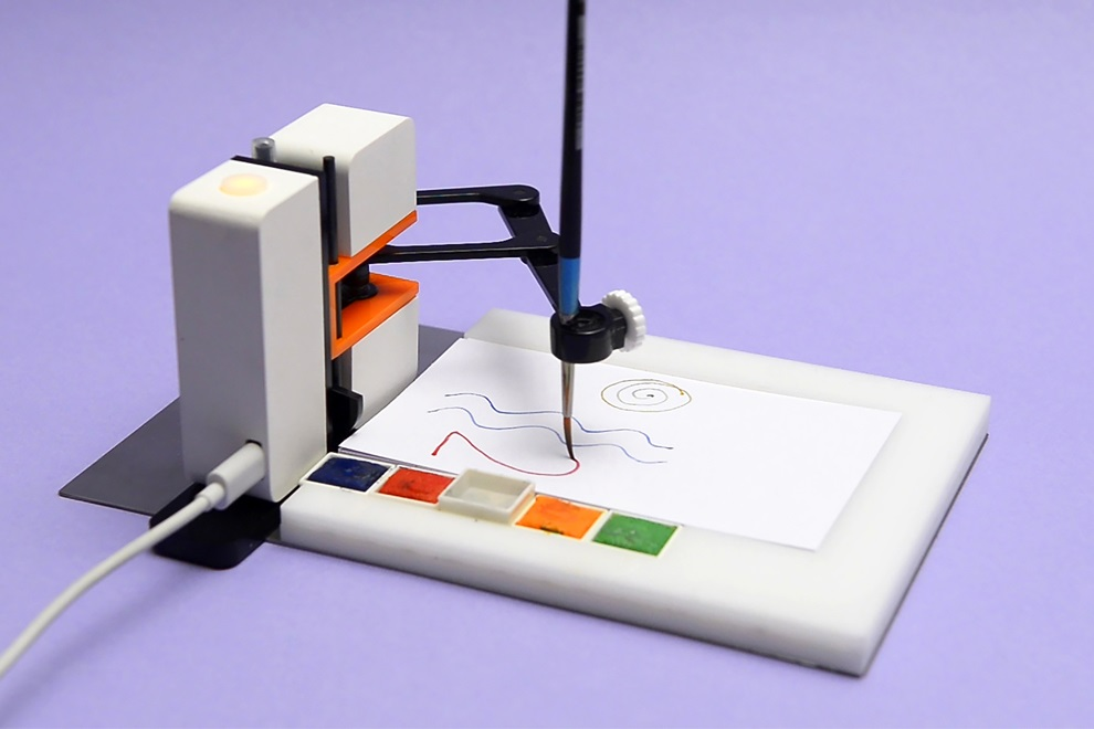 Line-us Robot Drawing Arm (4)