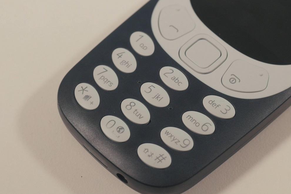 Nokia 3310 returns as HMD Revives a Classic (3)