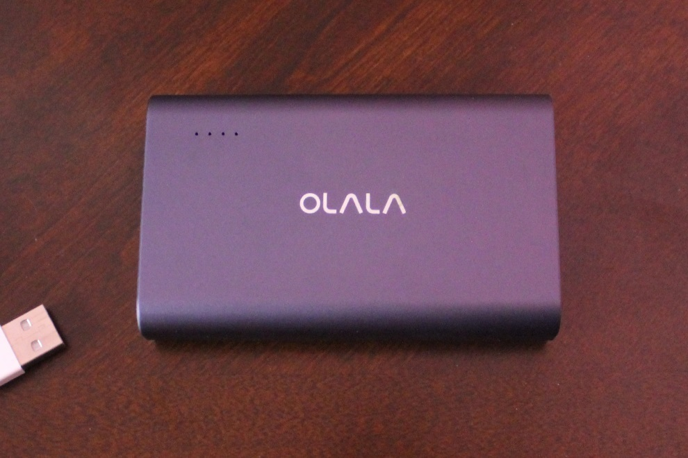 OLALA 10500mAh Aluminum Power Bank with Quick Charge 3.0 (1)