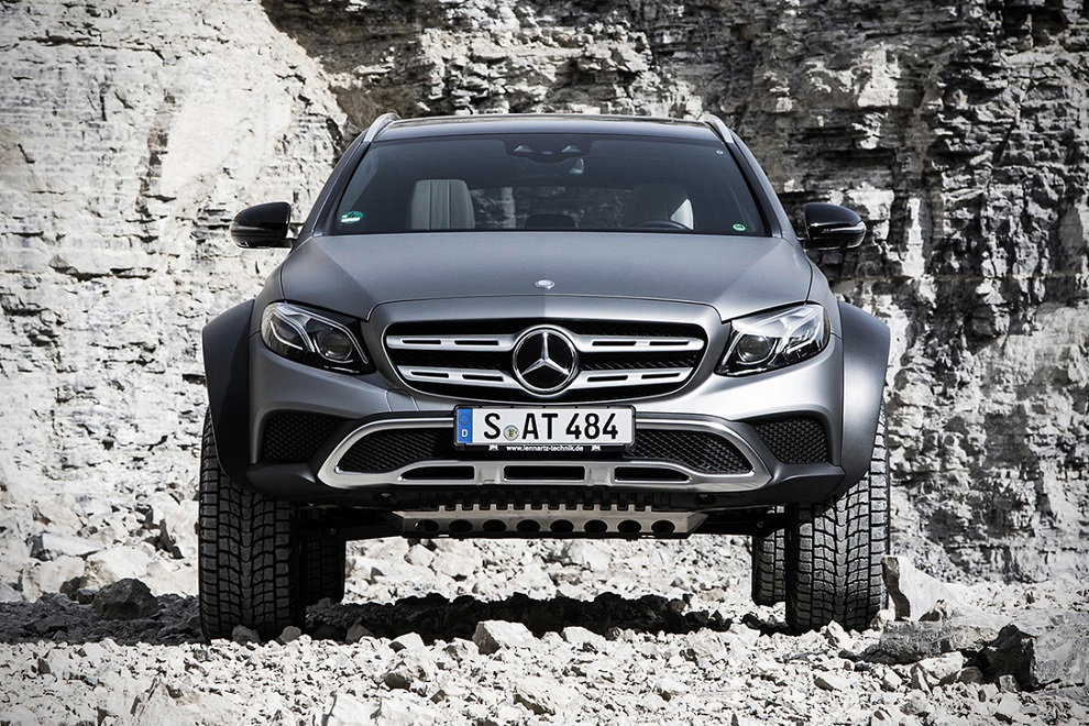 The E-Class All Terrain 4x4² is Most Off-road Capable SUV (7)